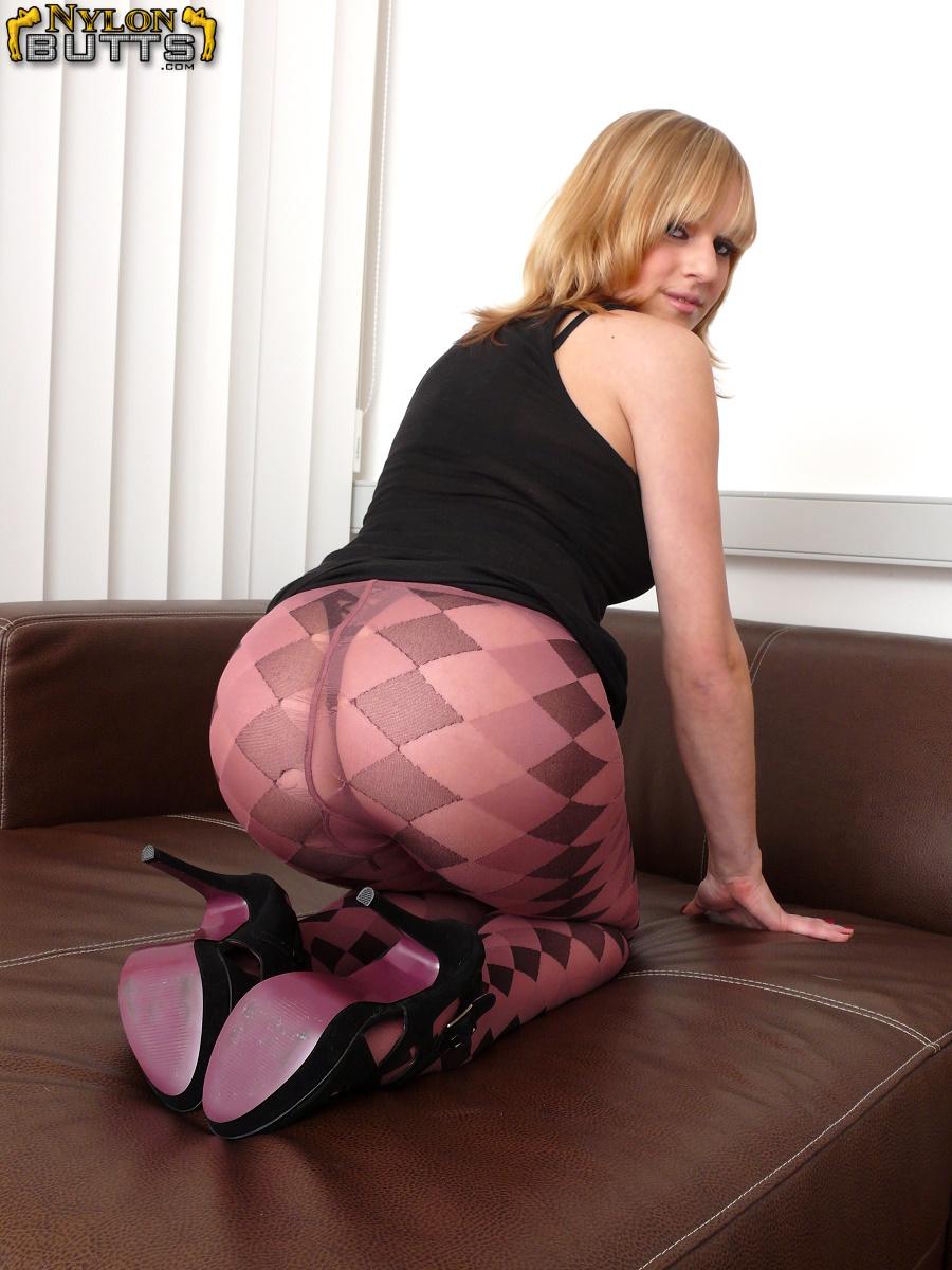 Pantyhose Videos Now 25